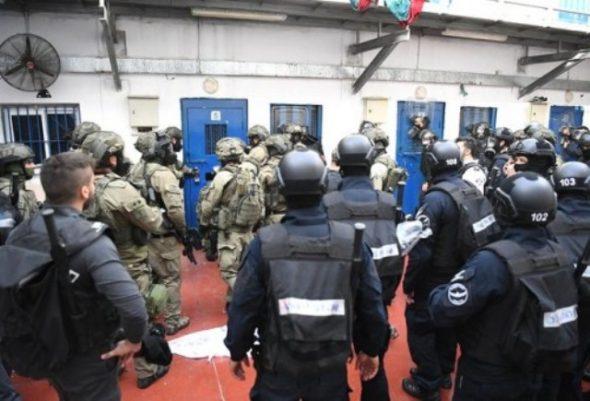بسبب ممارسته بحق الأسرى : لجنة الأسرى تحذر الاحتلال من اندلاع انتفاضة في معتقلاته